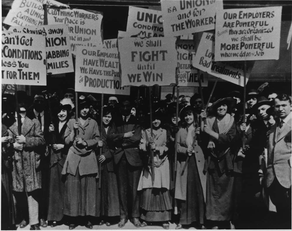 Amalgamated Clothing Workers Strike, 1915 Courtesy of the Jacob Rader Marcus Center of the American Jewish Archives/B'nai B'rith